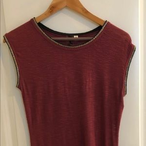 Trendy sleeveless top